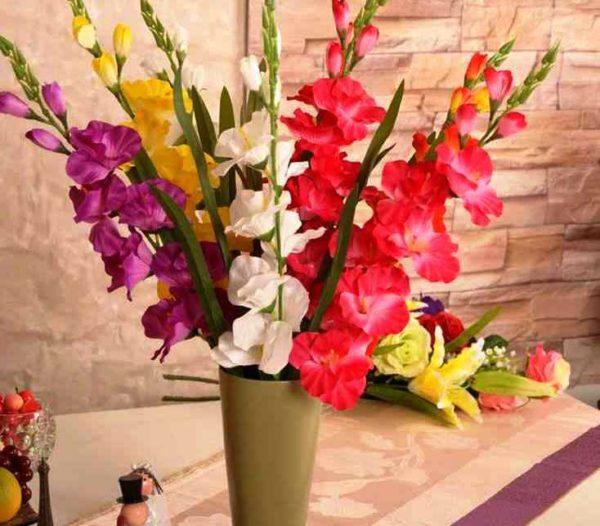 Как правильно выбрать цветы для букета и сохранить их свежесть