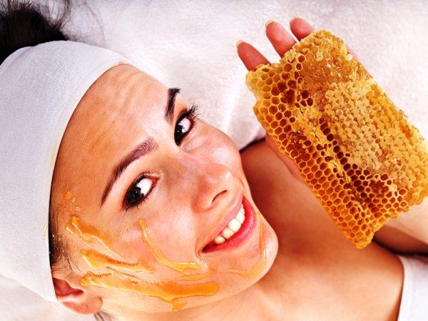 Все медовые маски богаты биологически активными веществами