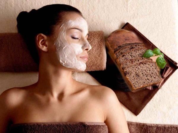 Хлебные маски подходят больше для жирной или комбинированной кожи