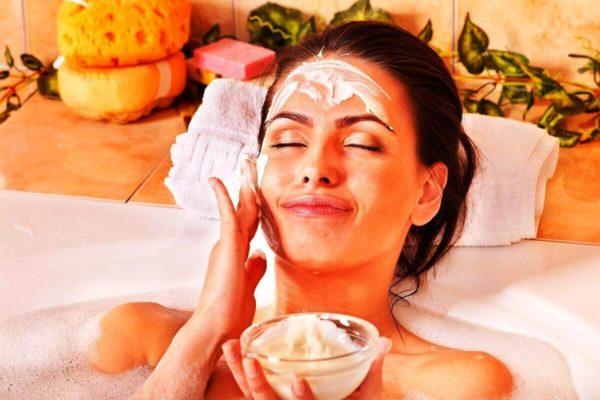 Тонизирующие процедурыпомогают быстро вернуть коже свежесть и тонус, когда нужно выглядеть особенно привлекательно