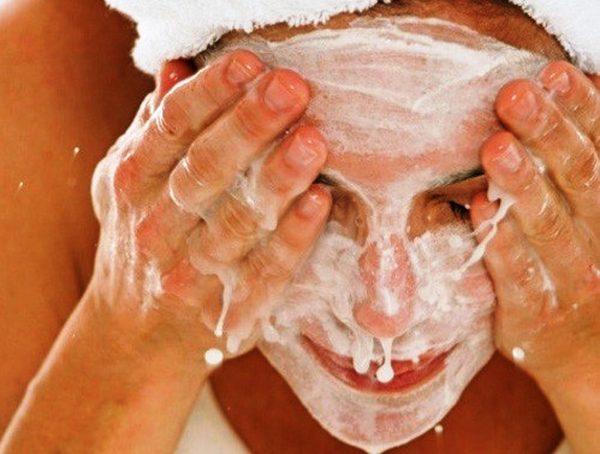 рецепты домашних средств и для очищения и умывания лица