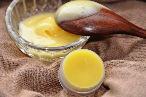 Крем-желе из меда, глицерина и салициловой кислоты