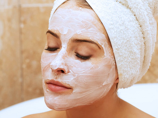 Омолаживающая маска – эффективное средство для предотвращения старения лица и шеи