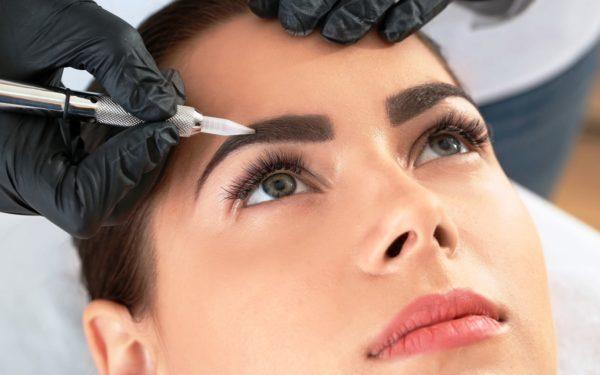 Перманентный макияж бровей бровей