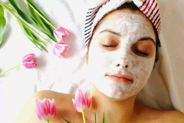 Маски, в отличие от средств ежедневного ухода, действуют на кожу более интенсивно