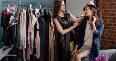 5 универсальных стильных образов из вещей базового гардероба