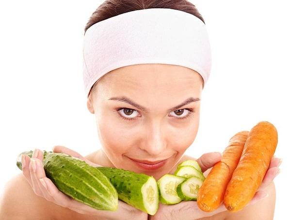 Рецепты омолаживающих масок с лимоном, огурцом и морковью