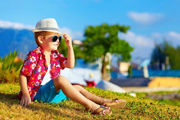 Какую летнюю детскую одежду выбрать для мальчика