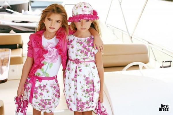 Выбор одежды для девочек по размеру