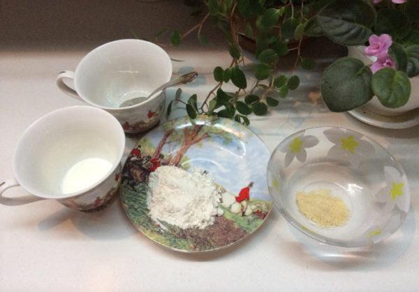 Маска из желатина с пшеничной мукой и кислым молоком