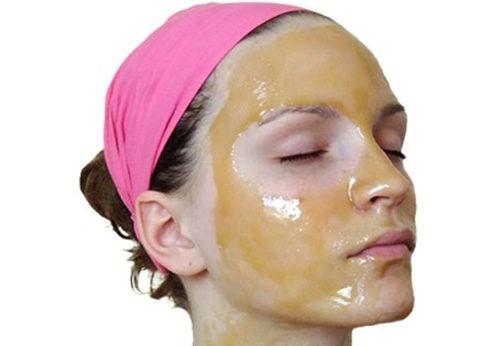 Рецепты омолаживающей маски для сухой и нормальной кожи