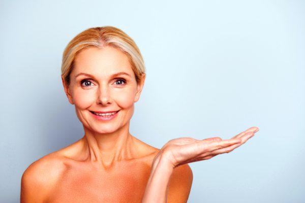 Авокадо идеально пожходит для ухода за зрелой и увядающей кожей лица