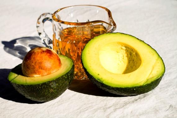 Маска с авокадо и мёдом