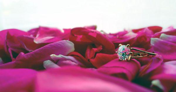 ring-2363681_1920-3814019