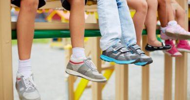 Как выбрать детские кроссовки