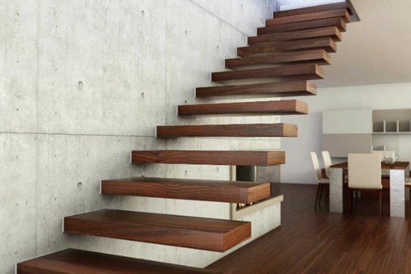 Заказ деревянных лестниц в СПБ